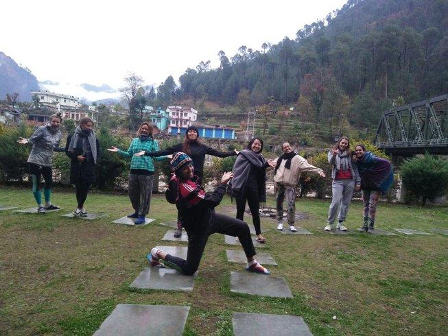 30-Daagse 200-urige Yoga Docentenopleiding in Uttarkashi, India