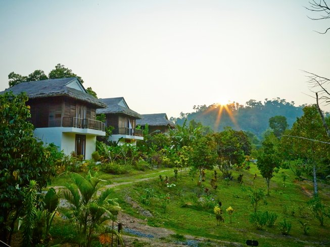 4 Days Hot Spring Bath Yoga & Cooking Retreat in Thailand