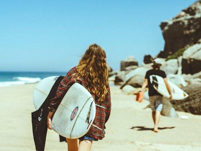 4 días de vacaciones de surf y yoga en Praia da Vigia, Torres Vedras, Portugal
