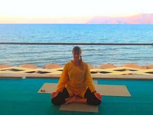8 Days Flowing Vinyasa Yoga Retreat with Shamita Ray in Kissamos, Greece