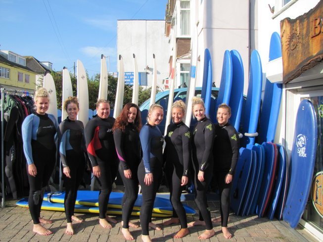 4 Days Yoga and Surf Retreat in Cornwall, UK