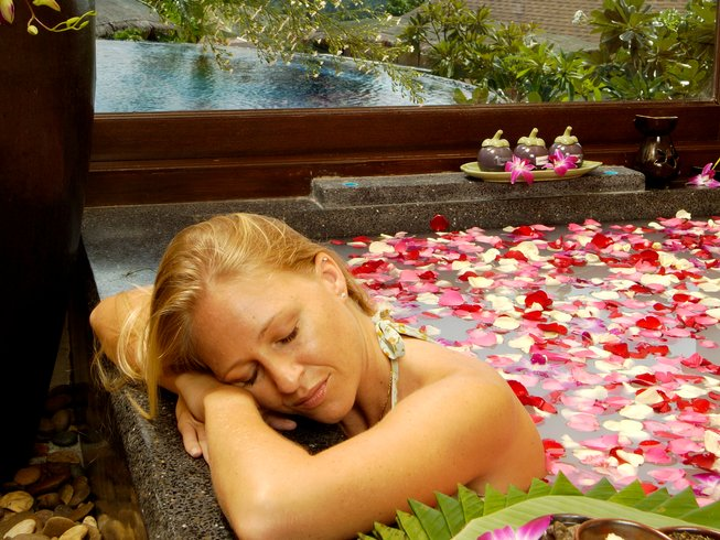 14 Days Ayuryoga Slimming and Yoga Retreat in Phuket, Thailand