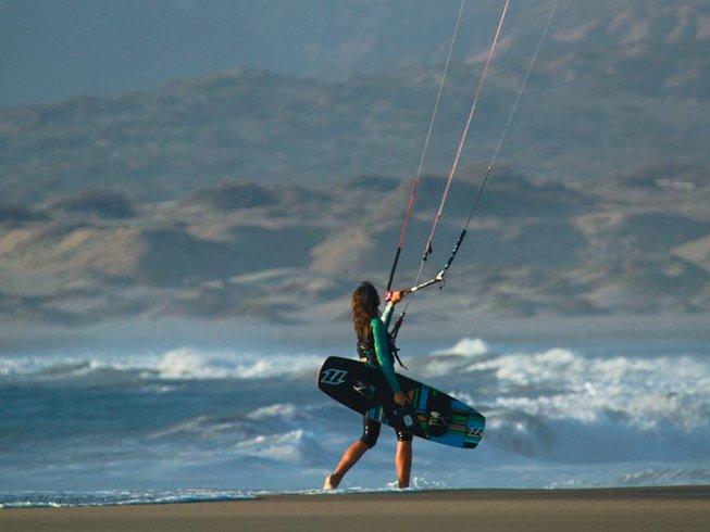 6 Days Kitesurfing Camp in Mancora, Peru