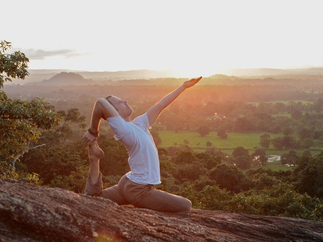 8 Days Vinyasa Yoga Retreat in Sri Lanka