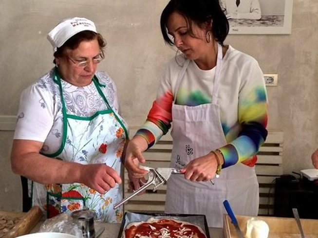 7 Days Cooking Holidays in Italy