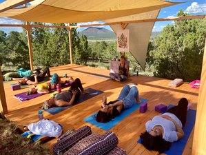 4 Day Wellness, Yoga, and Hiking Retreat in Grand Canyon, Arizona