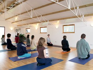 4 Days Summer Country House Yoga Retreat in England