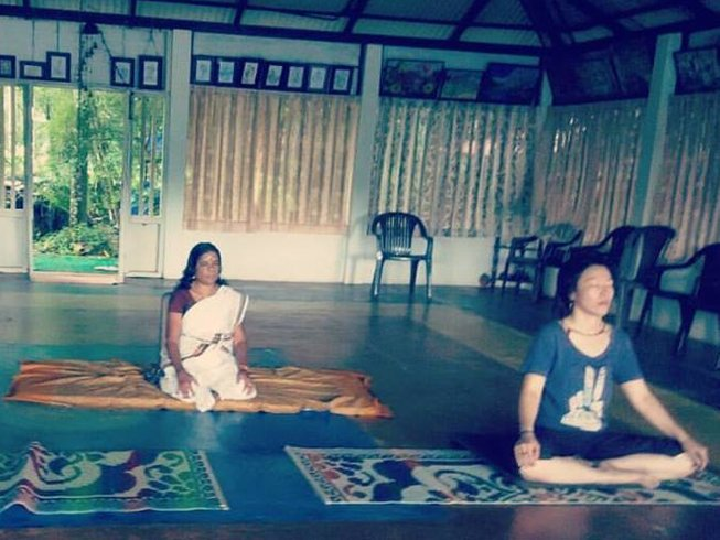10 Days Detox, Meditation, and Pregnancy Yoga in Dharamsala, India