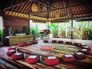 22-Daagse 200-urige Vinyasa en Yin Yoga Docentenopleiding in Lembongan, Bali