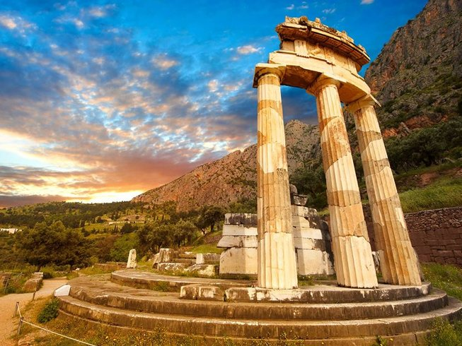 4 Day Wellbeing and Cultural Retreat in Amazing Delphi, Greece