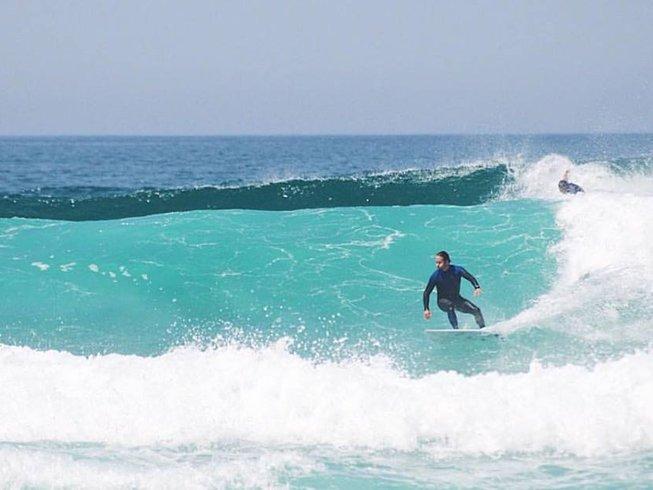 7 Days Thrilling Surf Camp in Matosinhos, Portugal