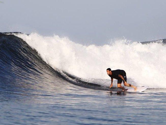 8 Days Thrilling Surf Camp in El Cuco, El Salvador