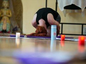 5 Days Inspiring Yoga Retreat in Alicante, Spain