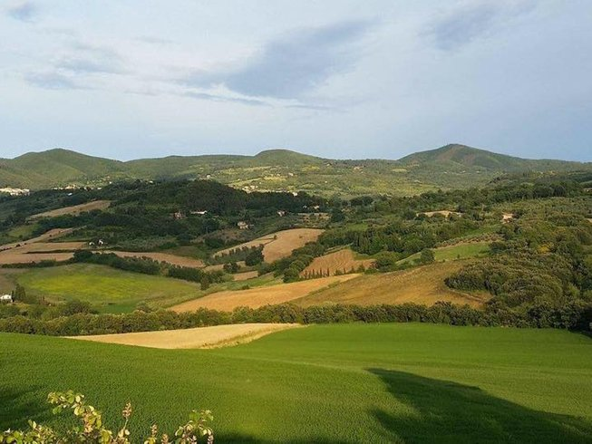 8 Days Wine and Yoga Retreat in Tuscany, Italy