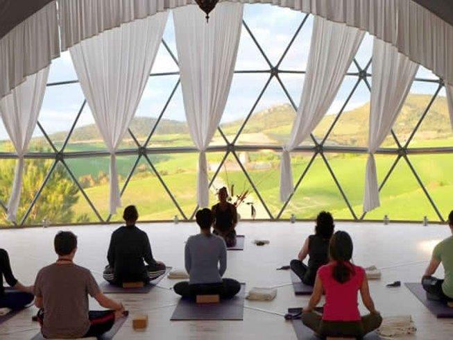 8 días retiro de yoga y meditación en la campiña de Sabinia, Italia