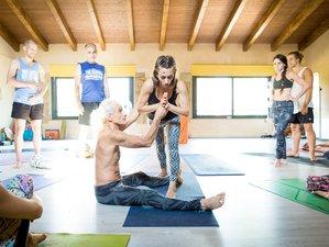 23 Day 200-hour Yoga Teacher Training with Simon Borg-Oliver & NowHere Yoga near Barcelona