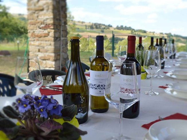 3 Days Verdicchio Harvest Culinary Holiday in Italy
