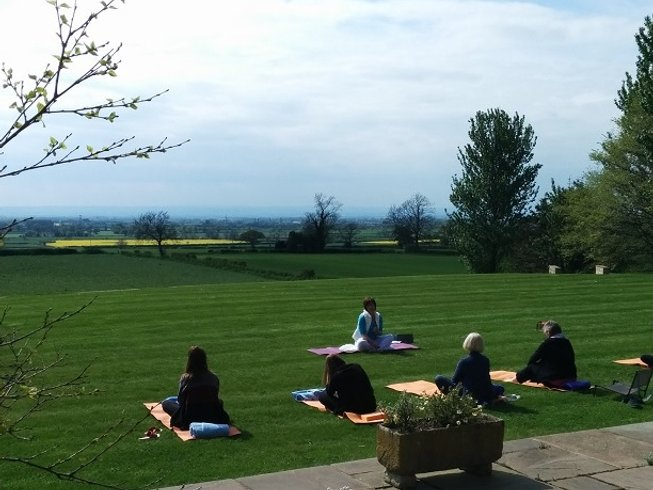 4 Days Find Your Passion Yoga Retreat in UK