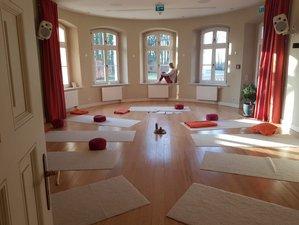 3 Tage Yoga und Ayurveda Retreat Zauber der Rauhnächte im Gut Saunstorf, Mecklenburg Vorpommern