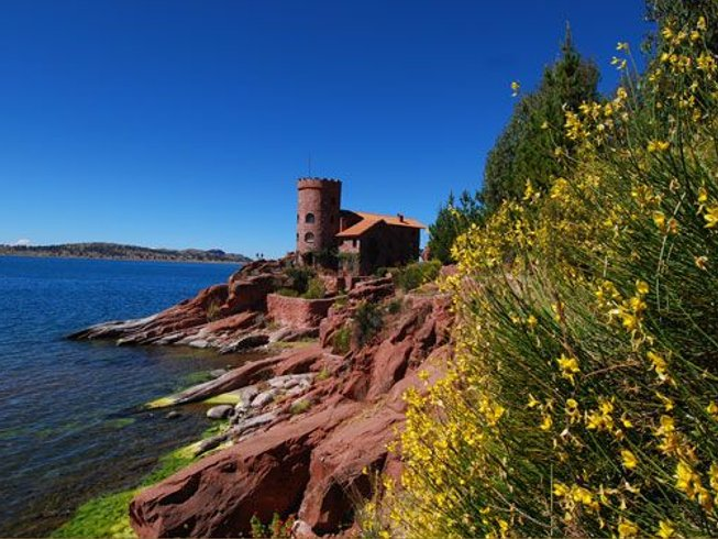 6 Days Flow Into Feeling Yoga Retreat in Lake Titicaca, Peru