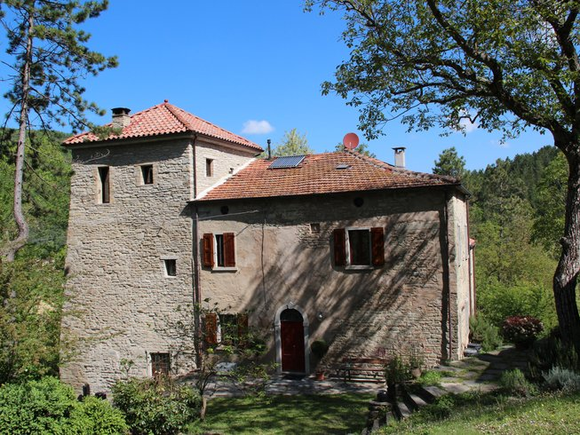 8 Day Yoga, Art & Nature Vacation on the Apennines, Italy
