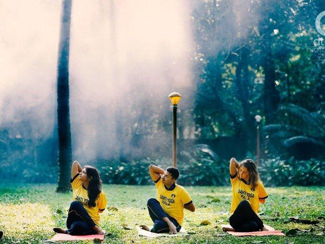 32 días 200 horas de profesorado de yoga en Kerala, India