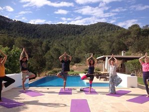 5 Days Art Therapy Solar Yoga Retreat in Ibiza, Spain