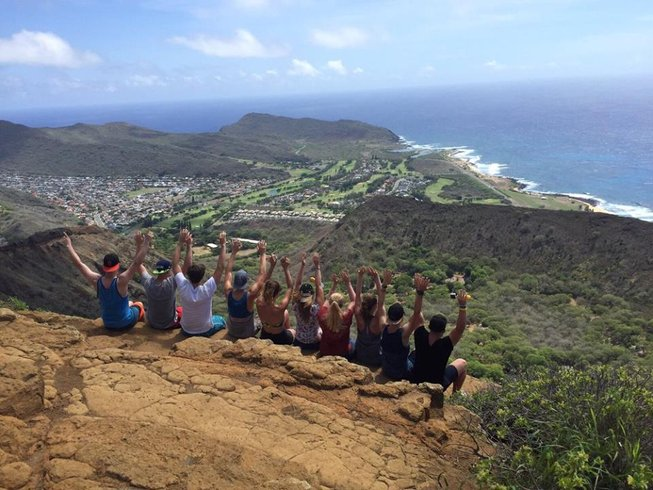 10 Days Adventures, Yoga, and Surf Trip in Hawaii, USA