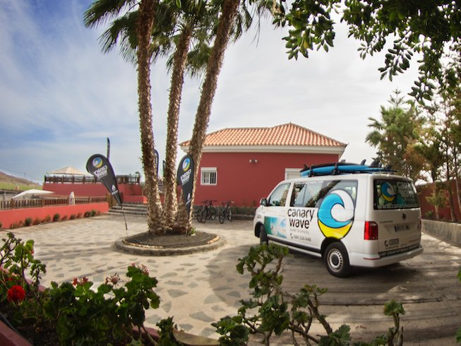 7 Days Surf Camp in Maspalomas, Spain