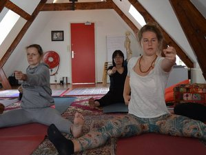23 Days 200 Hours Yoga Teacher Training in India
