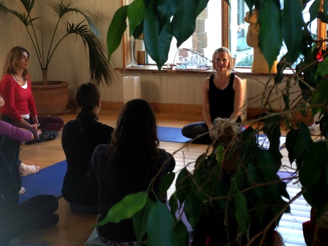 4 Days Core Connection Intensive Weekend Yoga Retreat in UK
