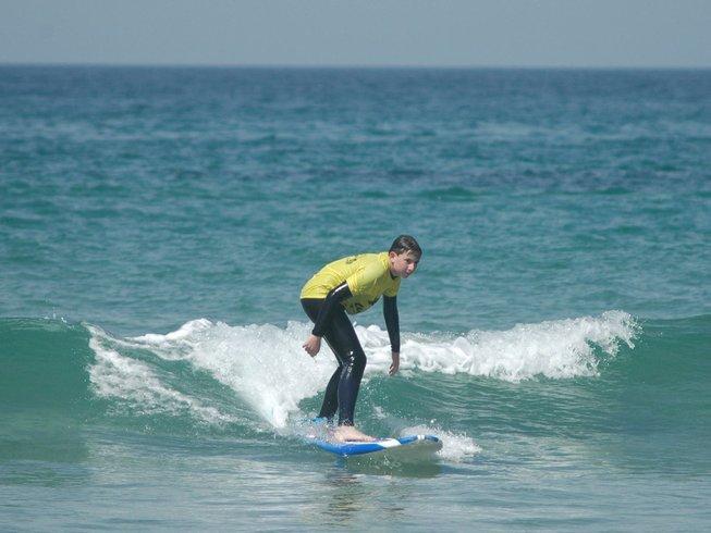7 Days Surf Camp in Charneca de Caparica e Sobreda, Almada, Portugal