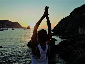 7 Days Vinyasa and Ashtanga Yoga Retreat in Ibiza, Spain