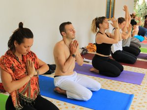 9 Days Relaxing and Refreshing Meditation and Yoga Retreat in Cali, Colombia, at Ishka: IKY Ashram