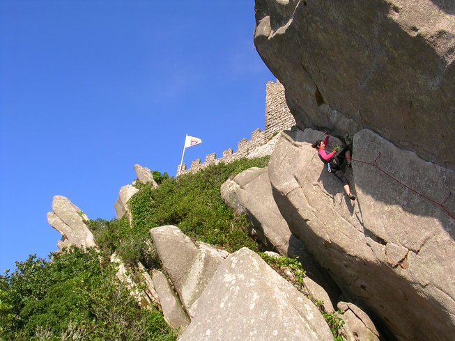 8 Days Climbing and Yoga Retreat in Colares, Portugal