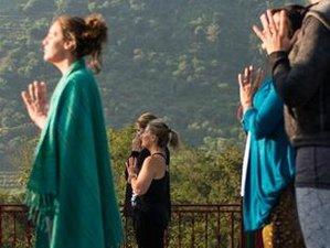 11 días de transformación y retiro de yoga en Rishikesh, India, para mujeres