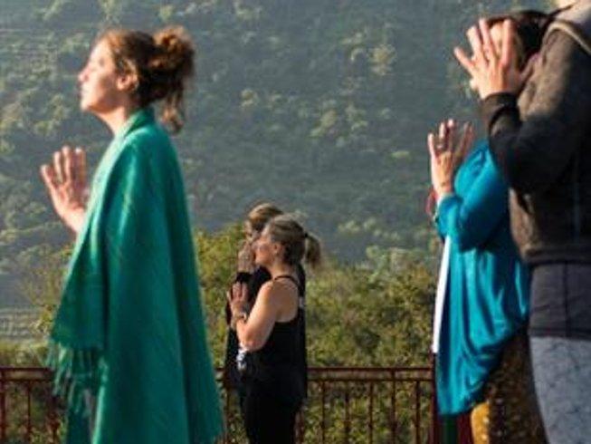 11-Daagse Transformationele Yoga Retreat voor Vrouwen in Rishikesh, India
