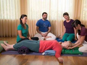 4 Days 19-hour Restorative Yoga Teacher Training in California, USA