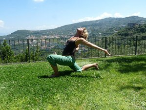 8 Days Luxury Yoga Retreat in the Umbrian Hills, Italy