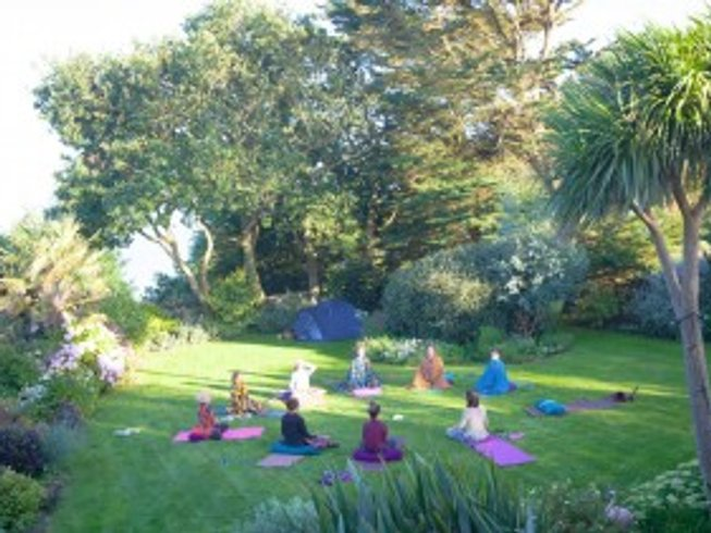 4 Days Yoga, Detox and Sound Healing Retreat in East Sussex, UK
