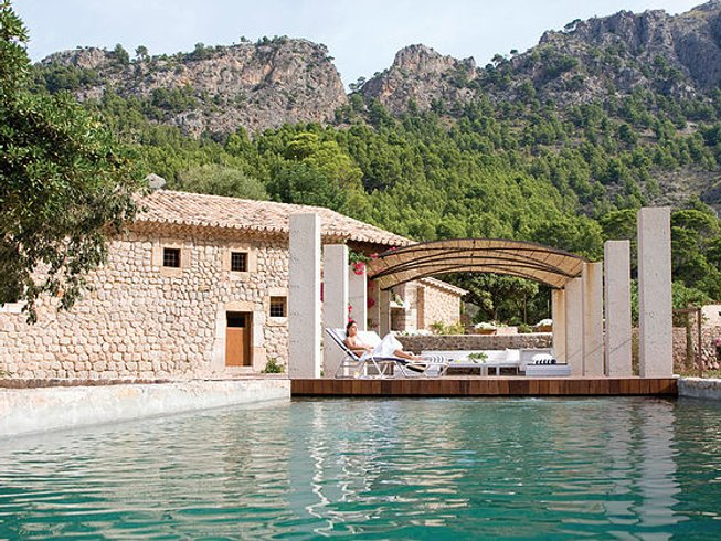 7 Days Luxury Health and Fitness Yoga Retreat Spain