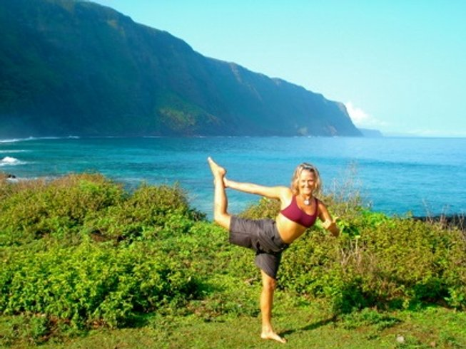 7 Days Surf N Yoga Retreat in Maui, Hawaii