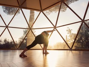 8 Day of Mountain, Yoga, Wellness and Lifestyle in Alicante, Valencia