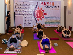 59 Tage 500-Stunden Yogalehrer Ausbildung Rishikesh, Indien