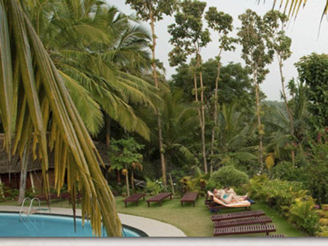 8 Days Ayurvedic Healing & Yoga Retreat in Kerala