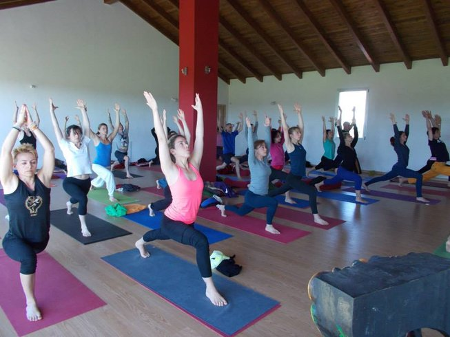 30 días profesorado de yoga de 300 horas en Piedmont, Italia