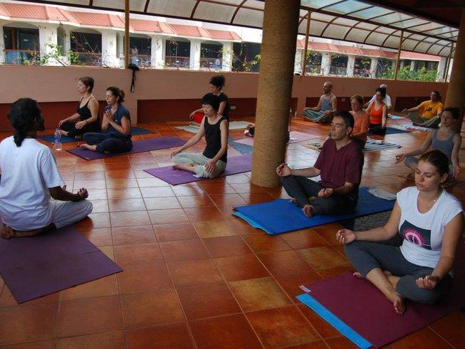 10 Days Mystic Yoga Retreat in India