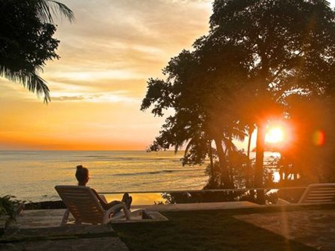 7 Days Off-Grid Surf and Yoga Retreat in Panama