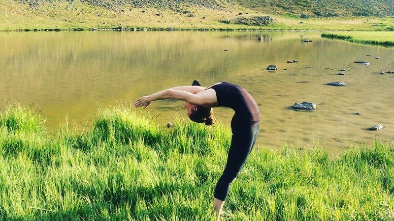 3 Days Mountain Hut Yoga Retreat In Colorado Usa Bookyogaretreats Com