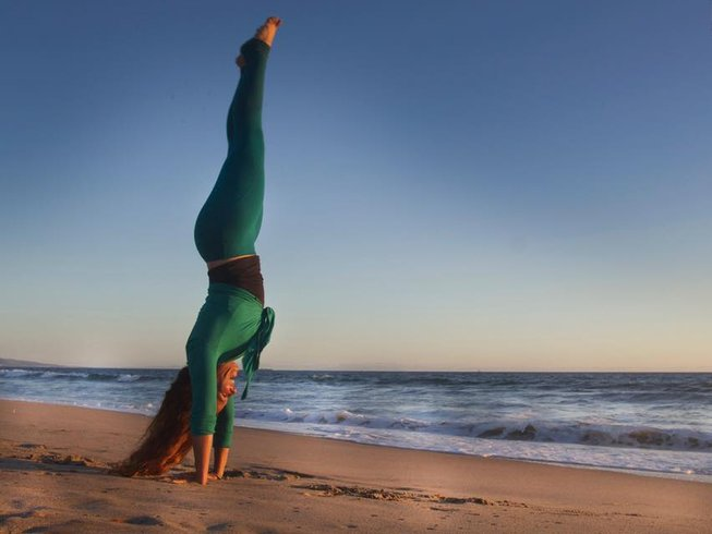 8 Days New Year's Meditation and Yoga Retreat in Playas Del Este, Cuba